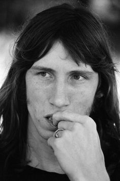 Roger Waters; Pink Floyd; Japan/Japão; Kanagawa; Hakone Aphrodite; August 6th 1971/6 de agosto de 1971.