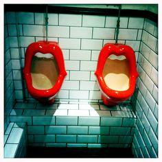 Pub toilets.- OH. MY. WORD.