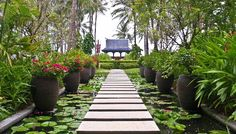 Creative Landscape Design With Stone Square Walkway With small POnds