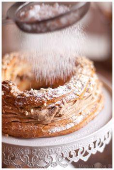 Mon « Paris-Brest » très sage… (Sans Lait et à IG Bas ! ) Paris Brest, Vegan Desserts, Dessert Recipes, Dessert Sans Gluten, Sweet Pastries, Vegan Kitchen, Fall Recipes, I Foods, Food Inspiration