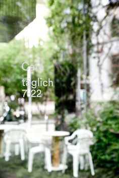 Reflections of our outdoor sitting at our Lukas-Hof location in the heart of Zurich. Shot by Géraldine Recker Photography. Coffee Truck, Shop Truck, In The Heart, Place Card Holders, Table Decorations, Photography, Outdoor, Coffee, Outdoors