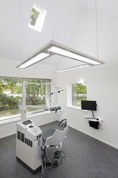 Dentist with a View,© Rene de Wit