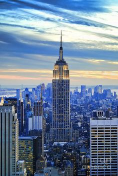 Empire State Building, NYC I can't wait to go there this summer!! I'm soo excited :))