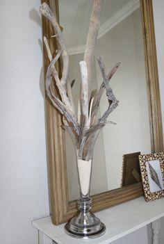Vase decoration using sand and driftwood...