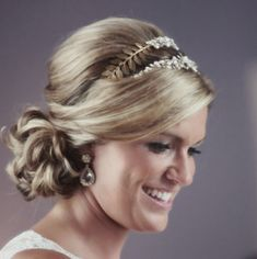 http://www.modwedding.com/2014/01/20/22-gorgeous-wedding-hairstyles-we-adore/ #hairstyle #wedding #weddings Photo: Amelia + Dan