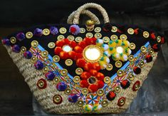 It's a Pom Pom life for Dolce & Gabbana's Summer Collection 2016 My Bags, Purses And Bags, Dolce And Gabbana Purses, Boho Bags, Craft Bags, Ibiza, Fashion Bags, Straw Bag, Designer