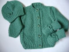 REDUCED PRICE Knit Baby Set   15 Off ///3 to 6 Months by Pitusa, $38.00