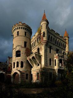 Замок Муромцево, Россия