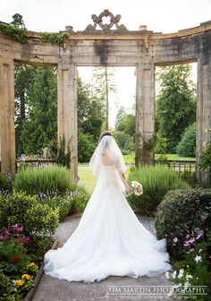 Beautiful bride in Orchardleigh House's Orangery.