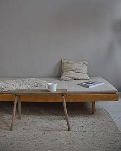 @apieceofjune • Instagram-fényképek és -videók Daily Mood, Simple Living, My Room, Cosy, Instagram, Interior, Table, Furniture, Design
