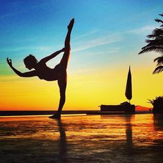 #yoga... More inspiration at VALENCIA BED AND BREAKFAST SPAIN : http://www.valenciamindfulnessretreat.org