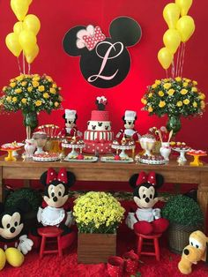 Party Ideas Disney Mickey Mouse Clubhouse 32 Ideas For 2019 Disney Mickey Mouse Clubhouse, Red Minnie Mouse, Mickey Mouse Cake, Mickey Party, Mickey Mouse Birthday, Kids Party Snacks, Mouse Parties, Party Ideas, Alice