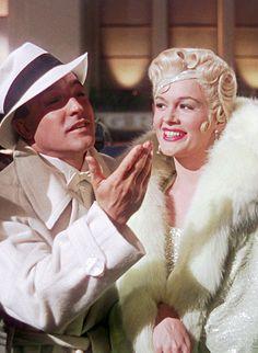 Gene Kelly and Jean Hagen - Singin' in the Rain (1952)