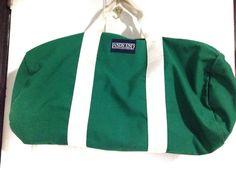 Land's End Direct Merchant // Green Vintage Gym by vintagevennu Vintage Outfits, Vintage Clothing, Lands End, Vintage Home Decor, Vintage Accessories, Gym Bag, Zipper, Canvas, Green