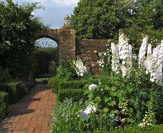 Sissinghurst Castle Gardens...white room