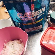 Post workout Christmas gainz 💪🏼🎅🏼 #risgrynsgröt #casein #protein #proteinpudding #mmsports #bodyscience #jul #christmas #kasein ris kanel want todo