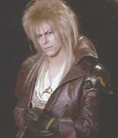 David Bowie Labyrinth | Labyrinth : David Bowie as the Jareth the Goblin King, fetching in his ...