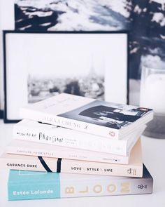 You can find 5 of my favourite fashion and lifestyle books in the blog! #moreontheblog #fashionstatement #bloombook #captureyourstyle #lovestylelifebook