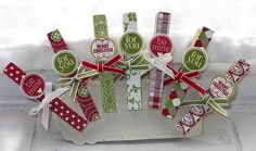 elizabeth's craft room: Quick and Pretty decorated clothes pins 3d Christmas, Christmas Projects, All Things Christmas, Christmas Clothes, Crafts To Do, Holiday Crafts, Paper Crafts, Craft Gifts, Diy Gifts