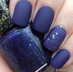 Best Blue Winter Glitter Nail Polish For 2016