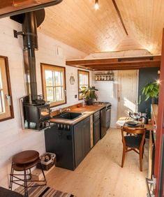 Holz Hisla by Baluchon &; Tiny Living Holz Hisla by Baluchon &; Tiny Living C B cbsugarandspice Colour Themes Inside the tiny home are solid […] Homes Cottage interiors Best Tiny House, Tiny House Cabin, Tiny House Living, Tiny House Plans, Tiny House Design, Small Living, Home Living Room, Tiny Houses, Tiny House Wood Stove