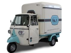 Buy a new food truck customized for your mobile food business. Vehicles for sale: catering van, mobile food trailer, vintage Piaggio Ape, street vending bus, roulotte. Catering Van, Catering Trailer, Food Trailer, Car Trailer, Food Truck For Sale, Trucks For Sale, Cars For Sale, Piaggio Ape, Mobile Boutique