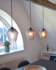 n y h e t e r  ___  Nettbutikken er full i nyheter nå...!! Gå inn og finn din nye favorittlampe... Link i bio... #lightupno #belysning #interior #inspiration #interiorwarrior #interior_and_living #interior_delux #inspo4you #inspo2you #nettbutikk #livingroom #skandinaviskehjem #nordicinspiration #nordiskehjem #onlyinterior #interiorstyled #charminghomes #interior4you1 #interiordecor #interiorstyling #interior123 #interior4inspo #inspohome #interior4all #halodesign #interiorforinspo…