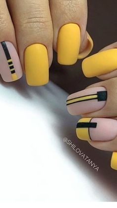In search for some nail designs and ideas for your nails? Listed here is our listing of must-try coffin acrylic nails for trendy women. Dream Nails, Love Nails, My Nails, Stylish Nails, Trendy Nails, Yellow Nail Art, Nails Polish, Geometric Nail, Best Acrylic Nails