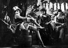 """""""El ángel azul"""" (1930). Película alemana dirigida por Josef von Sternberg."""