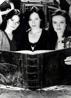 Charmed Pilot Promo.I loved watching charmed. Please check out my website Thanks.  www.photopix.co.nz