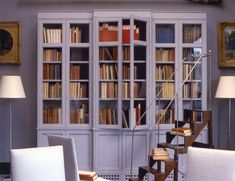 Need a little help and direction selecting window treatments for your home? Consider this your complete buying guide to roman shades. Moulding And Millwork, Types Of Window Treatments, Window Treatments Living Room, Wallpaper Ceiling, Drapery Panels, Roman Shades, Traditional House, Home Decor Items, Design Elements