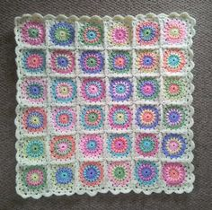 Pretty crocheted baby blanket ... Sweetie via Etsy