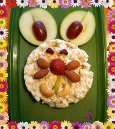 Bunny Snack! Healthy & cute lunch idea kids will love!     http://www.chroniclysilly.com/2011/04/fun-with-food-for-spring-time.html