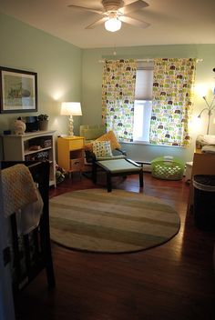 e's yellow/green/gender neutral nursery