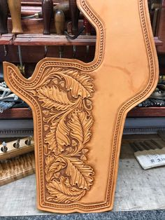 Phone Holster, Gun Holster, Leather Carving, Leather Art, Tooled Leather, Leather Tooling Patterns, Leather Pattern, Leather Tool Pouches, Custom Leather Holsters