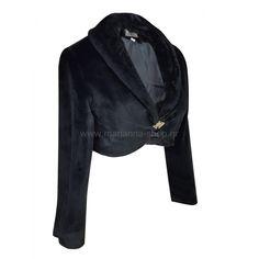 Μπολερό απο οικολογική γούνα με μακριά μανίκια. Έχει σμοκιν γιακά και στρας κούμπωμα. Είναι ιδανικό για πάνω απο φόρεμα. Μήκος απο τον ώμο 39εκΕλληνική ραφή Faux Fur, Leather Jacket, Blazer, Coat, Jackets, Shopping, Fashion, Studded Leather Jacket, Down Jackets