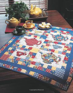 Free stella table topper pattern twisting star table for Kitchen quilting ideas