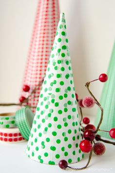 Washi Tape Christmas trees. Fun, easy Christmas craft idea!