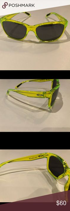 """6a575deb857 Oakley """"Forehand"""" sunglasses Authentic Oakley Forehand neon green retro  style sunglasses. Lightweight O"""