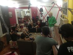 """Making of do ritual de eliminação das participantes do reality show """"Papito in Love"""", com Supla, para a nova MTV. (2013)"""