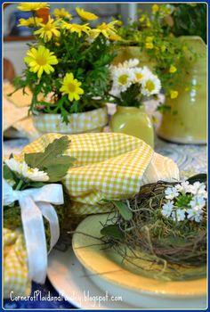 Sunshine yellow tablescape