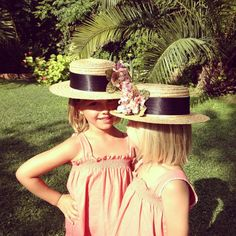 www.macali.es Cowboy Hats, Children, Fashion, Caps Hats, Sombreros, Bows For Girls, Fascinators, Bridal Gowns, Boyfriends