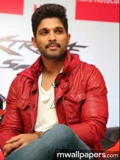allu arjun dj gets first look date Dj Images, Actors Images, Allu Arjun Hairstyle, Allu Arjun Wallpapers, Dj Movie, Allu Arjun Images, Workout Pics, Movies To Watch Online, Movie Releases