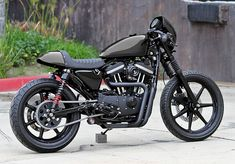 Ryca Motors is about to release a cafe racer kit for the @Harley-Davidson Sportster. Pretty cool, huh?