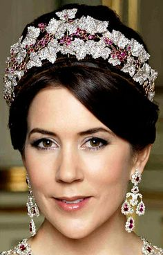 Close up of HRH Mary, Crown Princess of Denmark wearing the Ruby Parure Tiara and Chandelier Earrings