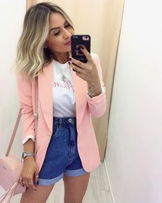 tshirt and blazer Cute Casual Outfits, Casual Chic, Stylish Outfits, Girly Outfits, Look Fashion, Fashion Outfits, Blazer Fashion, Look Con Short, Look Blazer