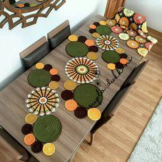 Crochet Table Mat, Crochet Table Runner Pattern, Crochet Basket Pattern, Crochet Flower Patterns, Crochet Tablecloth, Crochet Designs, Crochet Doilies, Crochet Flowers, Crochet Sheep