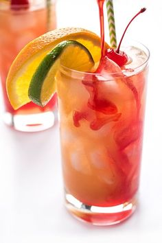 hurricane food ideas The hurricane cocktail is a fruity rum punch made famous in New Orleans. The ultimate crowd-pleasing cocktail recipe! Punch Recipe For A Crowd, Cocktail Recipes For A Crowd, Rum Punch Recipes, Drinks Alcohol Recipes, Food For A Crowd, Donut Recipes, Drink Recipes, Fruity Drinks, Cocktail Drinks