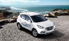 Doskonała ekonomia spalania.  Tylko 9,5 grama wodoru wystarcza aby ix35 Fuel Cell przejechał 1 km. W przeliczeniu na standardowe paliwo, jeden litr to wszystko, czego potrzebuje układ napędowy, aby pokonać dystans 27,8km. Osiągi tego pojazdu porównywalne są z 2.0-litrowymi samochodami z silnikami spalinowymi znajdującymi się aktualnie na rynku. Zasięg osiągany przez ix35 Fuel Cell jest zbliżony do dystansu jaki może przejechać klasyczny samochód napędzany benzyną.