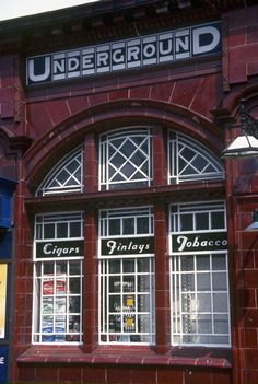 MAIDA VALE TUBE STATION   MAIDA VALE   WESTMINSTER   LONDON   ENGLAND: *London Underground: Bakerloo Line*